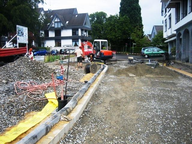 Straßenbauarbeiten_bei_dem_Strassenvollausbau_einer_Ortslage_in_Nuembrecht