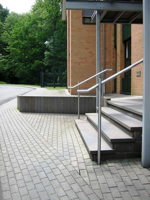 Herstellung_einer_Treppenanlage_im_Zuge_des_Umbau_einer_Gewerbeflaeche_in_Engelskirchen